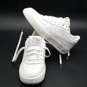 NIKE AIR FORCE 1 LV8 YOUTH/WOMEN SHOES